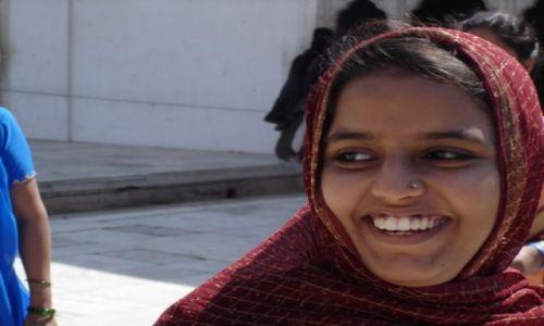Zdjecie INDIE / brak / Delhi, Red Fort / Czekam na wielk