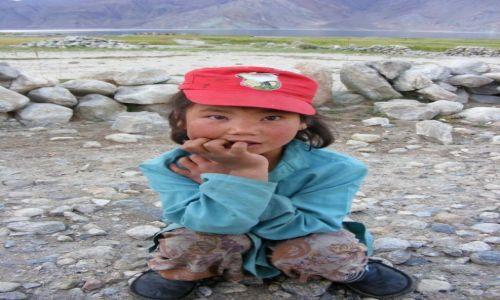 Zdjęcie INDIE / Ladakh / Merak / dzieci utraconego świata