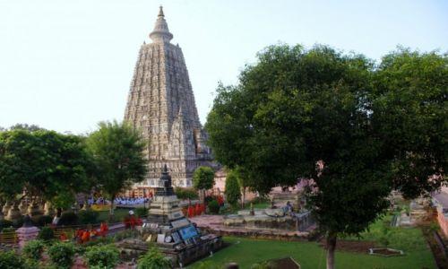 Zdjęcie INDIE / Bihar / Bodh Gaya / Bodh Gaya  - Świątynia Mahabodhi
