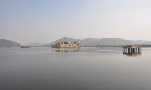 Zdjecie INDIE / jaipur / jaipur / Pałac na wodzie