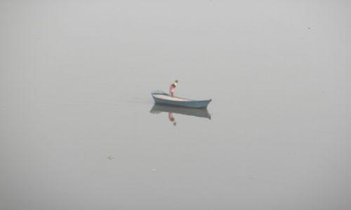 Zdjęcie INDIE / Utar Pradesh / Agra / jamuna river