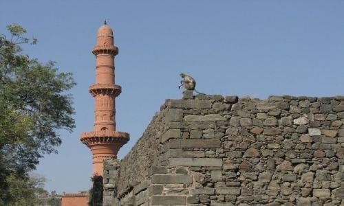 Zdjęcie INDIE / stan Maharashtra / okolice Aurangabadu / twierdza Daulatabad
