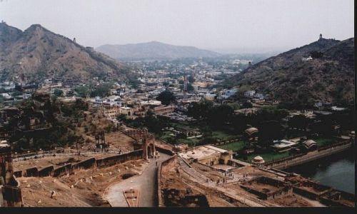 Zdjęcie INDIE / Radżastan / okolice Jaipuru / widok z Fortu Amber