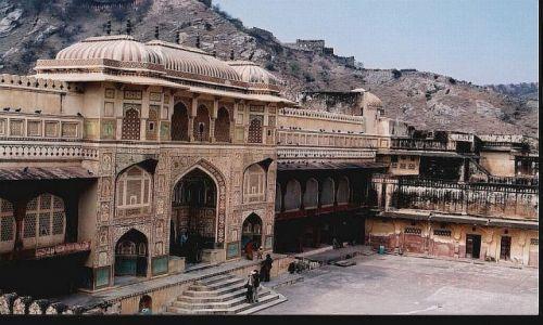 Zdjecie INDIE / Radżastan / okolice Jaipuru / Fort Amber