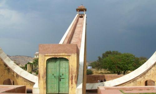 Zdjęcie INDIE / Radżastan / Dżajpur / zegar słoneczny