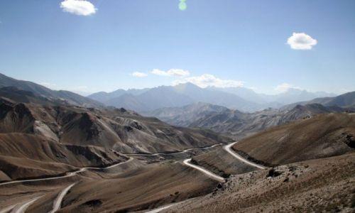 Zdjęcie INDIE / Himalaje / Ladakh / Górskie serpentyny
