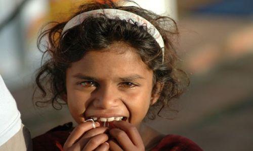 Zdjecie INDIE / Himachal Pradesh / mała wioseczka / Hinduseczka - gdzieś w Himachal Pradesh