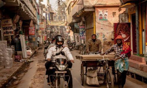 Zdjęcie INDIE / Uttar Pradesh / Waransi / ulica