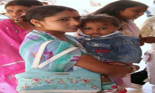 Zdjecie INDIE / Uttar Pradesh / Agra / Spojrzenie