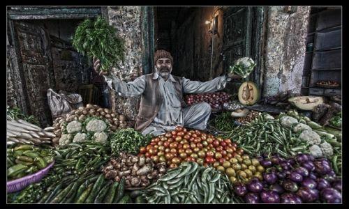 Zdjęcie INDIE / Agra / Ulica / Na warzywniaku