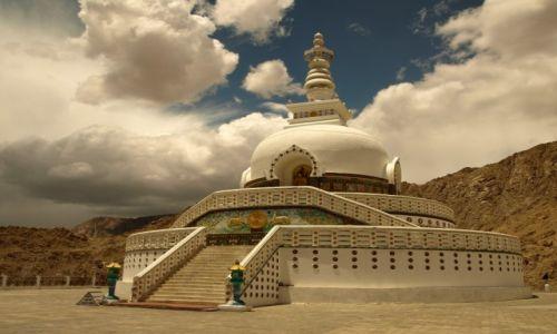 Zdjecie INDIE / Jammu i Kashmir / Ladakh, Leh / Shanti Stupa