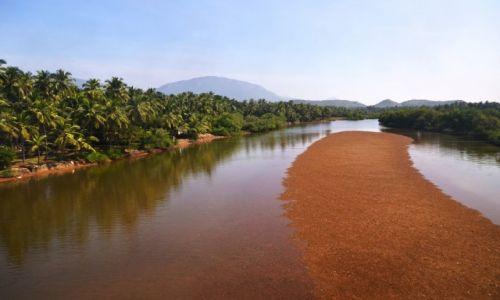 Zdjecie INDIE / Kerala / Kerala / Rzeka