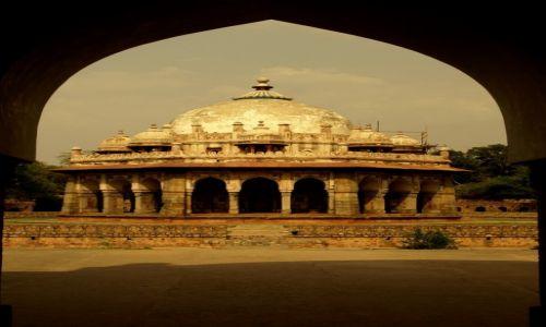 Zdjecie INDIE / Delhi / Grobowiec Isy Khana / Grobowiec Isy Khana