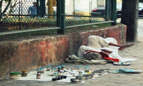 Zdjęcie INDIE / Maharasztra / Bombaj / Lekarska pomoc doraźna