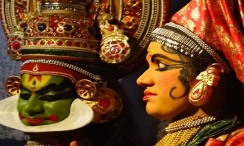 Zdjecie INDIE / Kerala / Kochin / Ciekawostki: aktorzy  niezwykłego teatru Kathakali