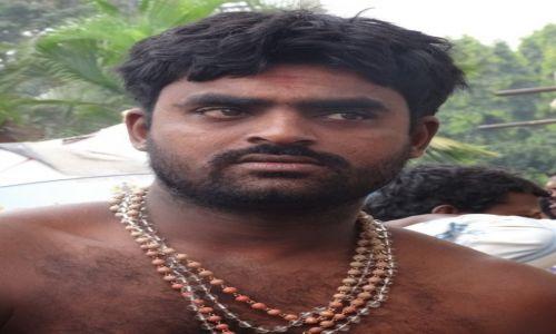 INDIE / Indie Południowe / Kerala / Ci wspaniali mężczyźni : Macho !