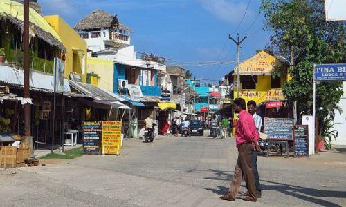 Zdjecie INDIE / Tamil Nadu / Mahabalipuram / ulice Mahabalipuram