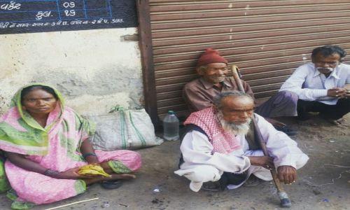 Zdjęcie INDIE / Gujarat / Bharuch / INDIAN STREET