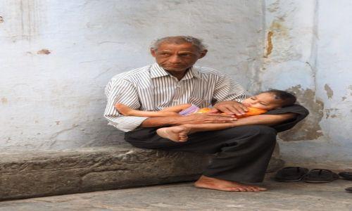 Zdjecie INDIE / Rajastan / Udaipur / Portret rodzinn