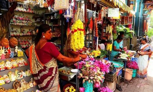 Zdjecie INDIE / Tamil Nadu / Pondicherry / stragan