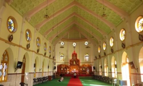 Zdjęcie INDIE / Kerala / gdzieś na trasie / kościół chrześcijański