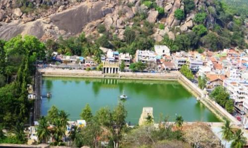 Zdjęcie INDIE / Karnataka / Śrevanabelagola / widok z góry