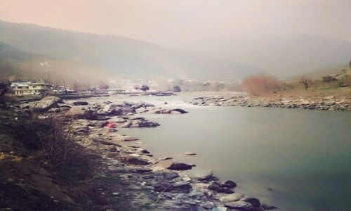 Zdjecie INDIE / Himanchal / Manali / Manali river
