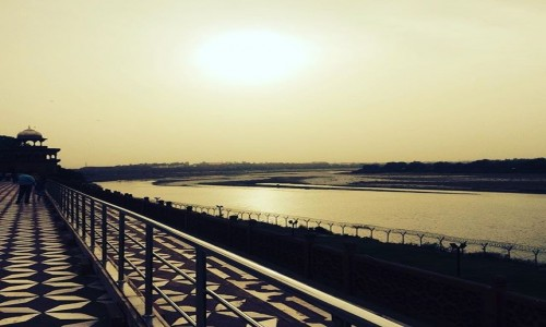 Zdjęcie INDIE / Uttar Pradesh / Agra / Zachód słońca nad Jamuną