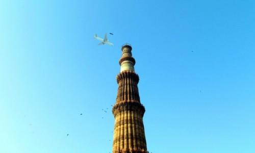 Zdjecie INDIE / Delhi / Delhi / Kutb Minar