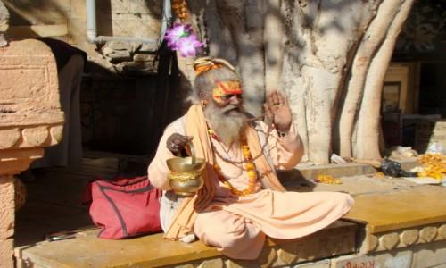 Zdjecie INDIE / Rad�astan / Jaisalmer / Sadhu