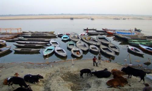 Zdjęcie INDIE / Uttar Pradesh / Varanasi / Ganges