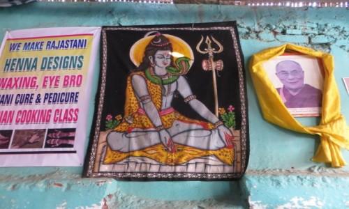 Zdjęcie INDIE / Karnataka / Namdroling / obok..
