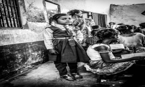 Zdj�cie INDIE / Agra / szko�a / w szkole