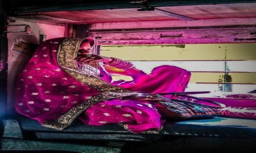 Zdjecie INDIE / Varanasi / poci�g / w poci�gu do Va