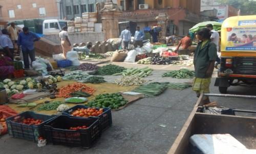 Zdjecie INDIE / Karnataka / Bangalore / HANDLOWA� GDZIE