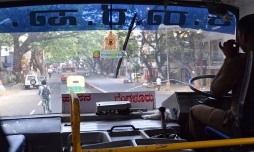 INDIE / Tamilnadu / Madurai / w autobusie