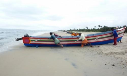Zdjecie INDIE / Kerala / Alappuzha / rybacy - życie codzienne