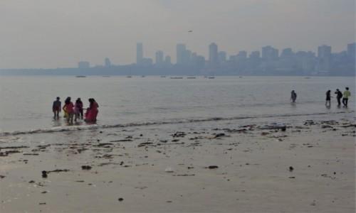 Zdjęcie INDIE / Maharasztra / Mumbaj / przy Marine Drive