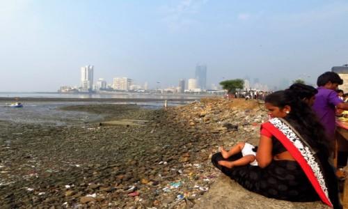 Zdjęcie INDIE / Maharasztra / Mumbaj / w wielkim mieście