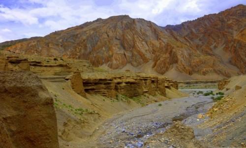 Zdjęcie INDIE / Leh / leh / Strumyk  dopływ  Indusu