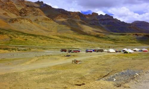 Zdjęcie INDIE / Leh / Leh / Parking