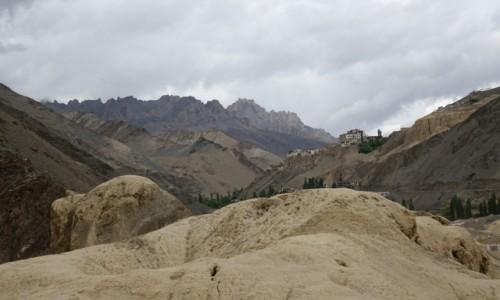 Zdjęcie INDIE / Lamajuru / Lamajuru / Klasztor
