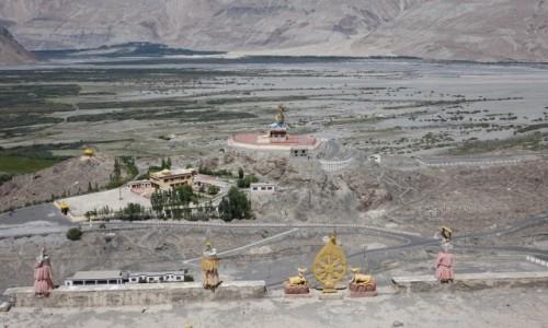 Zdjęcie INDIE / Dolina Nubry / Dolina Nubry / Świątynia