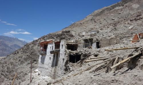 Zdjecie INDIE / Dolina Nubry / Dolina Nubry / Ruiny  Pałacu