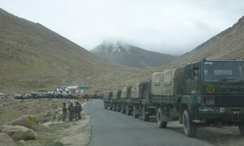 Zdjecie INDIE / Dolina Nubry / Dolina Nubry / Armia