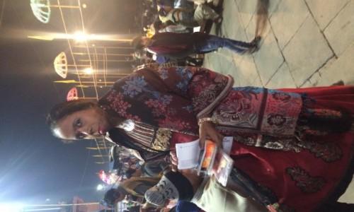 Zdjecie INDIE / - / Varanasi / Piękna kobieta