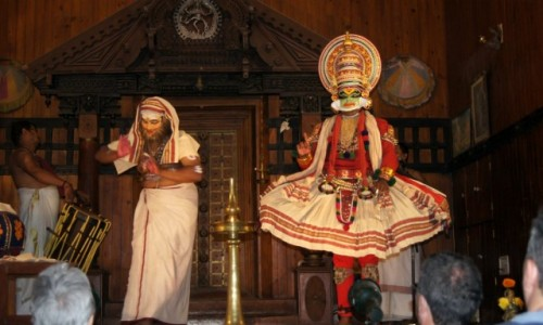 Zdjecie INDIE / Kerala / Koczin / Spektakl Katahali