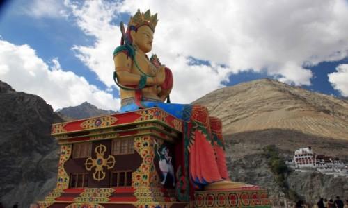 Zdjęcie INDIE / Ladakh / Diskit w dolinie Nubry / Budda