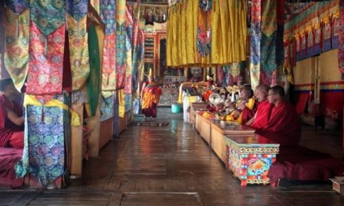 Zdjecie INDIE / Ladakh / Diskit w dolinie Nubry / W Świątyni