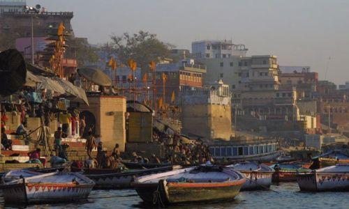 Zdjecie INDIE / Uttar Pradesh / Waranasi / Panorama Waranasi